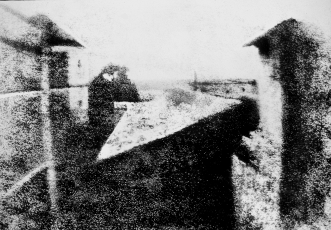 View_from_the_Window_at_Le_Gras,_Joseph_Nicéphore_Niépce,_uncompressed_UMN_source