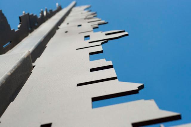 monument-dacier-lhonneur-nelson-mandela-marco-L-1nVt9g