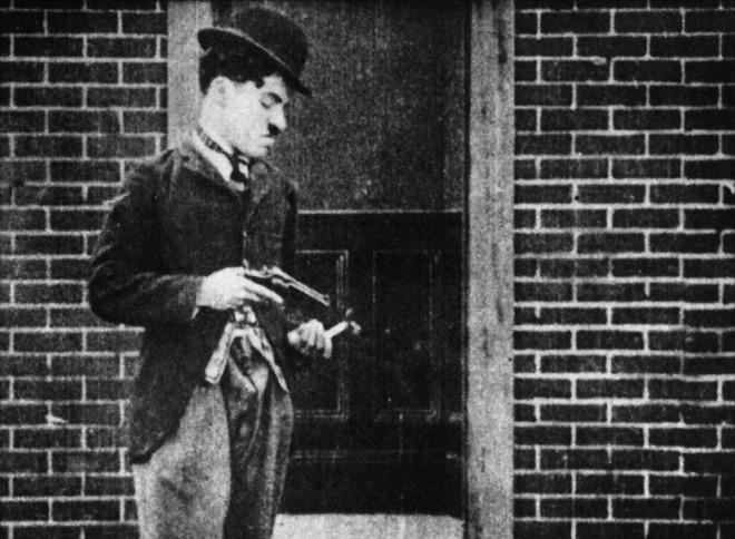 charlot-fait-du-cinema-1916-01-g