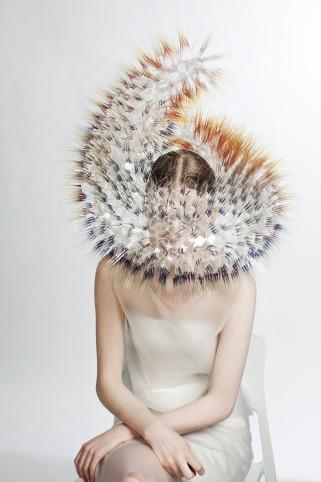 chapeau.futuriste.maiko_.marque.londres