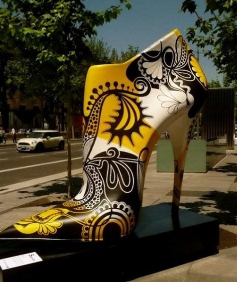 chaussure-geante-madrid-2