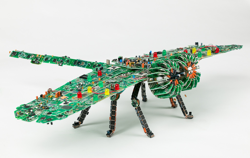 Les insectes dans l art arts plastiques for Model best out of waste