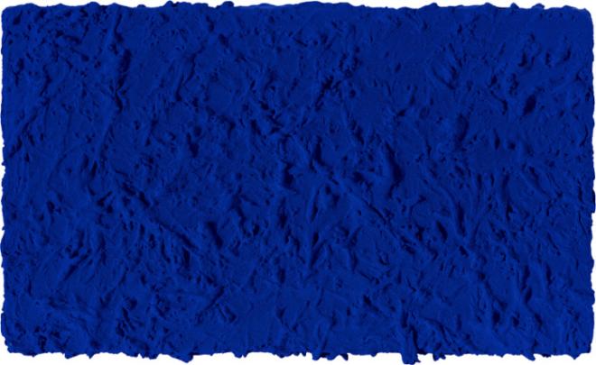klein-monochrome-bleu