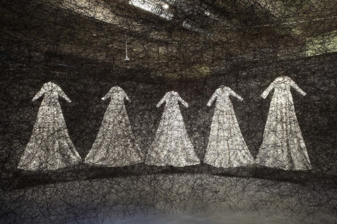 Chiharu Shiota_After the dream_2011_Photo_Birmingham Museums & Art Gallery.