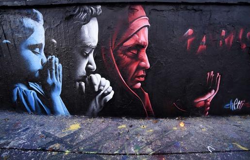 515x330_artiste-chemis-rendu-hommage-victimes-attentats-paris-centre-prague-16-novembre-2015