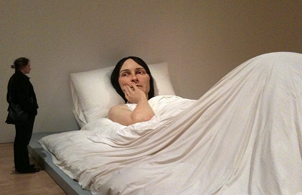 In_Bed_by_Ron_Mueck